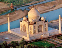 This fascinating 4-days Private Tour: Delhi Attraction & Taj Mahal Agra City Sightseeing by Car from Delhi includes Jama masjid, Raj Ghat, Red Fort, India gate, Parliament House, Taj Mahal, Agra Fort, Fatehpur Sikri, Qutub Minar with Lotus Temple Car tour package.